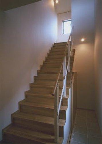 三木市T邸階段