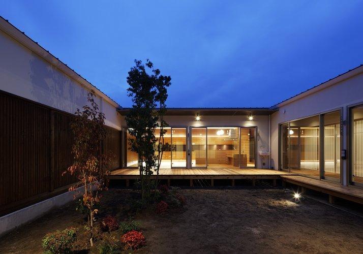 丹羽郡K邸中庭夜景