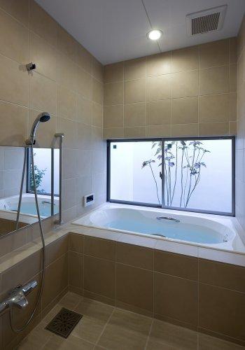 丹羽郡K邸浴室